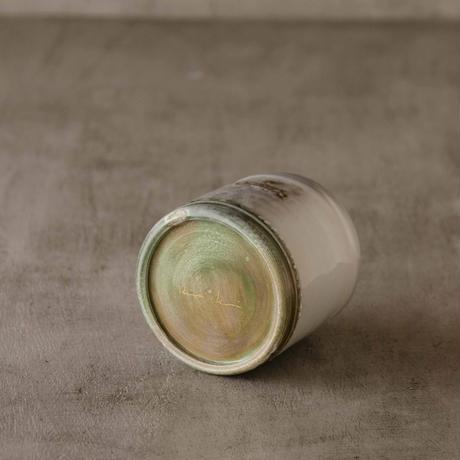 猫付きのソーダ釉のフリーカップ