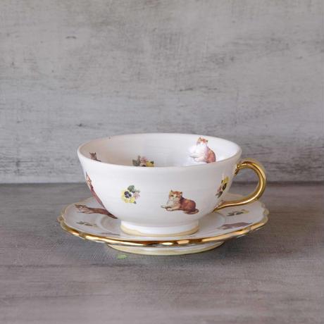 猫とパンジーのカップ&ソーサー