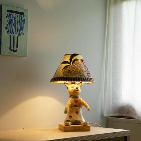 猫のテーブルランプ