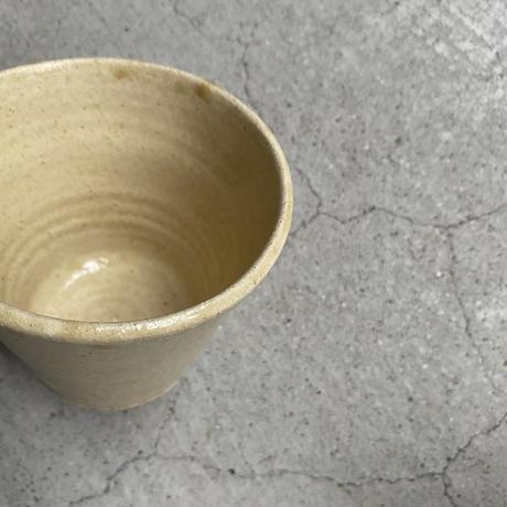 岩田圭介 灰釉マグカップ(三角)  ②