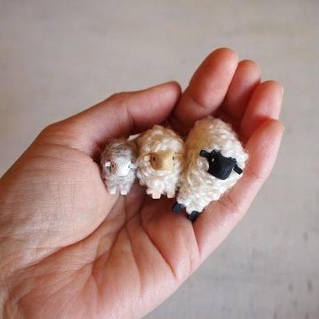 hitsuji object  /  M size  Mokume white