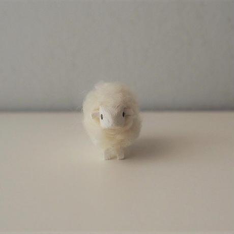 hitsuji object  /  mame size    White