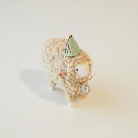 hitsuji object  L size / 帽子+花の首飾り<完成品>