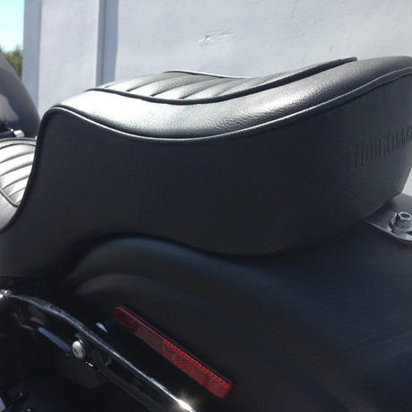 Tuck and roll seat 2006~2017Dyna Street Bob Lowrider, Fat Bob, Switchback