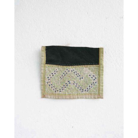 モン族の襟布 Hmong Collar / 余地
