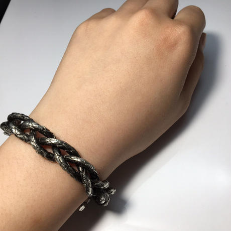 【BRAID BANGLE】BLACK