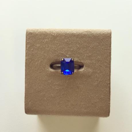 〖RING〗ヴィンテージ  エメラルドカットガラスリング ブルー