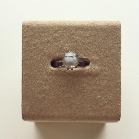 〖RING〗ヴィンテージラウンドリング小  グレーのギブレガラス