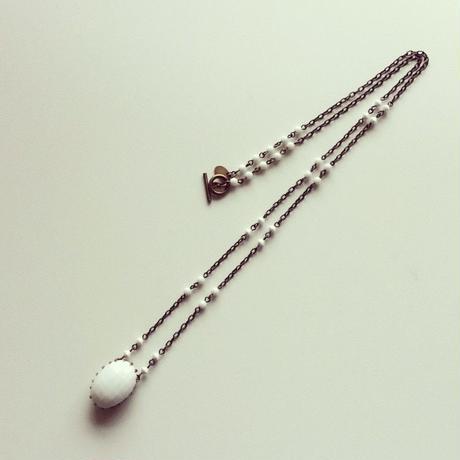 ヴィンテージオーバル ミルクガラス ネックレス