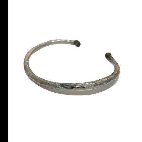 iolom:io-02-025 Tsuchime Hammered Bangle