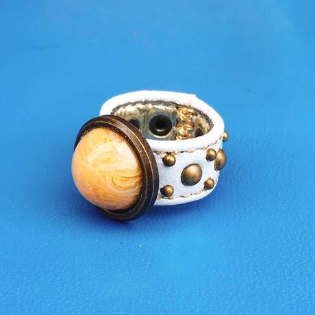 ★新作★ Leather Ring (ストーンホワイト)