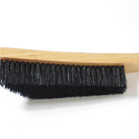 E9 〈Wooden Brush/ウッデンブラシ〉