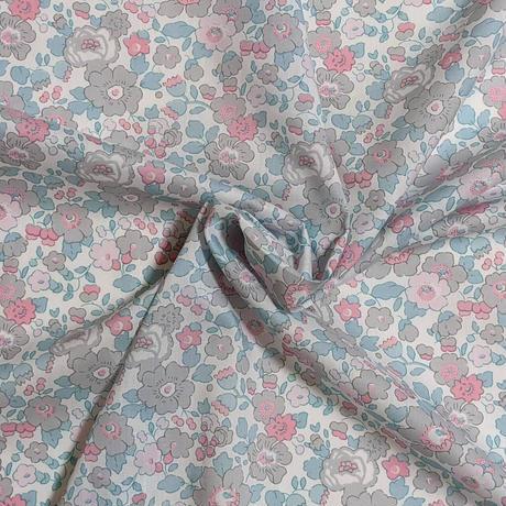 ◆輸入 リバティ LIBERTY タナローン Betsy H ベッツィ H ライトグレー&コットンキャンディ 約135×50cm