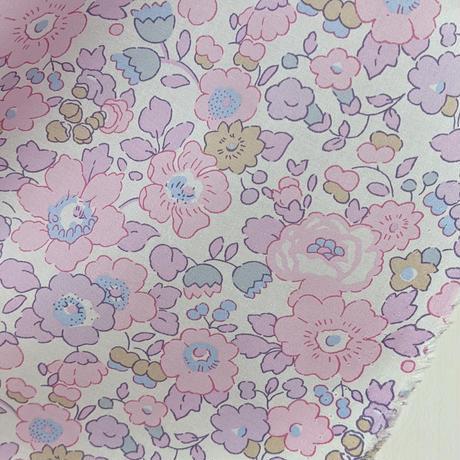 ◆輸入 リバティ LIBERTY タナローン Betsy  Rose Buvard ベッツィ ローズビュバール 約130×50cm