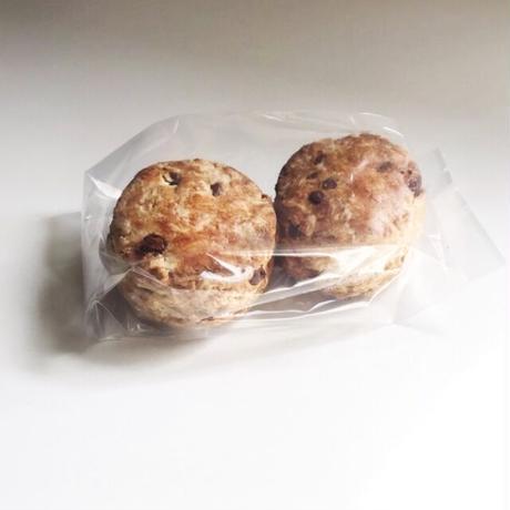 酵母菓子〈ヴィーガンスコーン/オーガニックチョコレート〉