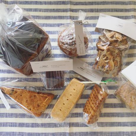 パンとお菓子のセット