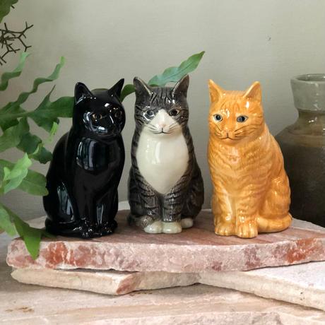 QUAIL Ceramics 花瓶 (黒)