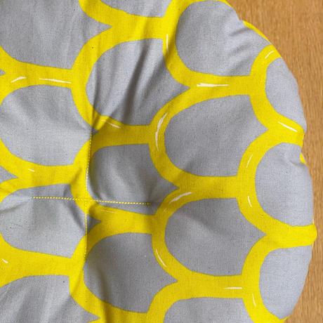【楕円・Mサイズ】天然素材100%のカゴ・クッションのセット