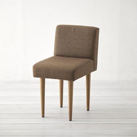 サイズを小さくした椅子