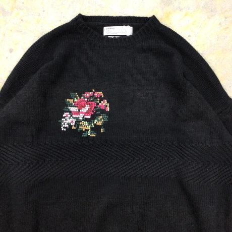 DAIRIKU   Flower Cross Embroidery Border Knit   Black
