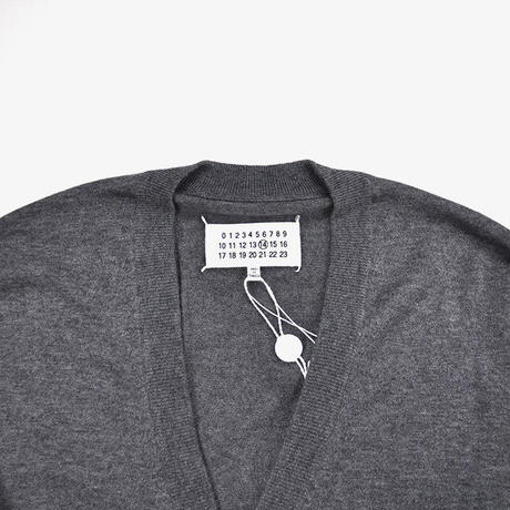 Maison Margiela | ELBOW PATCH CARDIGAN | Grey Melange