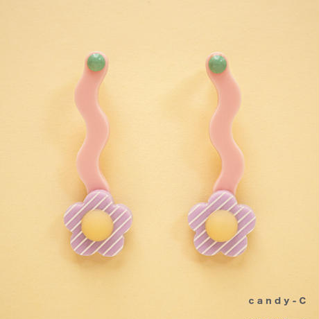 Flower Earring { candy }