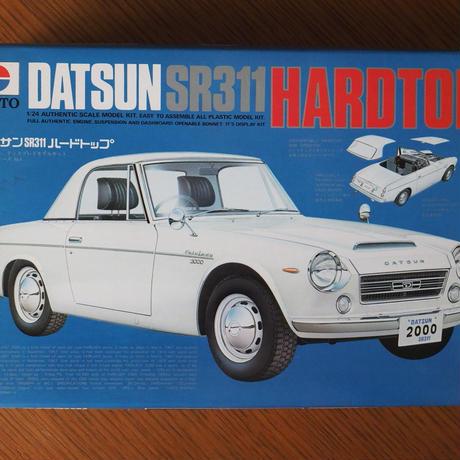 ニットウ ダットサンSR-311ハードトップ 1/24