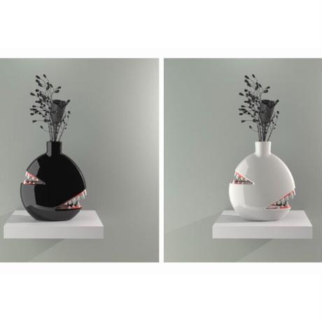 THE 'BITING VASE' BY JOSH DIVINE ジョシュ ディヴァイン 花瓶