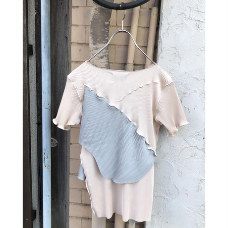 kotohayokozawa  / pleats top short sleeve  / TDKT-P03