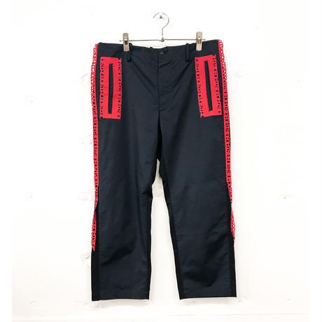 amok  /  OUTSIDE TAPE PANTS  /  18011062