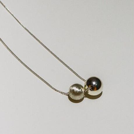 "NIM "" Sphere "" Top necklace"