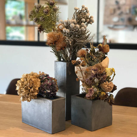kawara dried flower vase (vertical) / 瓦のドライフラワーベース