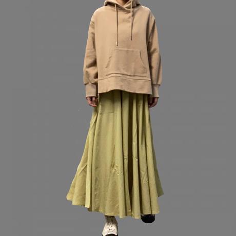 ボリュームフレアスカート