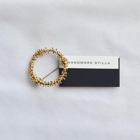 HANDWORK STILLA / ワイヤプランツつぶつぶリースブローチ