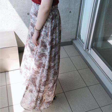 #30期待を裏切らないペイズリー柄スカート