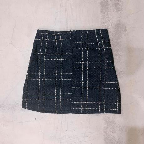 #36レトロ風味の台形スカート