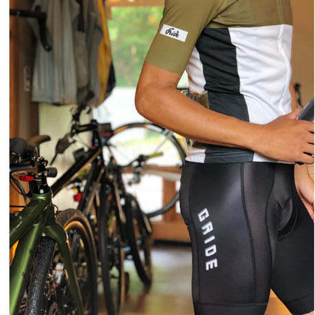 BIBSHORTS RACE