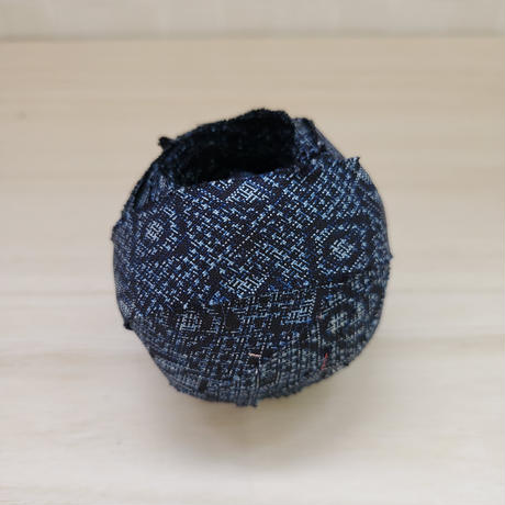 藍色に丸・四角の柄2m(5010)
