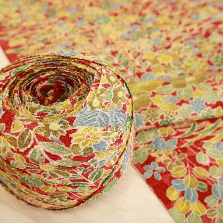 【はぎれ】赤茶色に花づくし・縮緬(2008019-1)