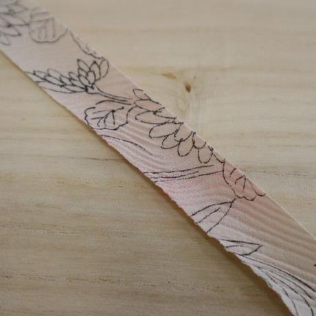 白地に手書き風花柄2m(2004061)