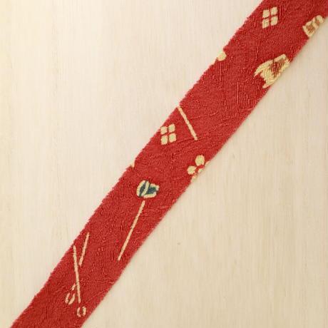 赤錆色の茶道具小紋・葉っぱの紋織縮緬2m(2008032)