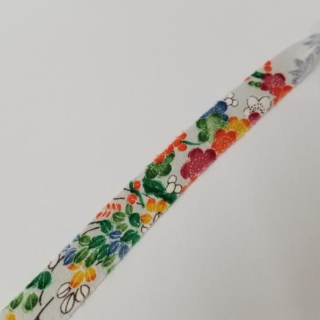 白に近い薄いグレーに色々な草花模様2m(158)