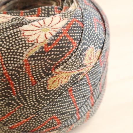 灰茶色の江戸小紋寄せ柄・紗綾型・紋綸子2m(2008043)