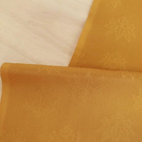 【はぎれ】辛子色の色無地・桐紋織縮緬50㎝(2008029‐1)