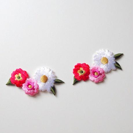 3つのお花(ワッペン)【2枚セット】