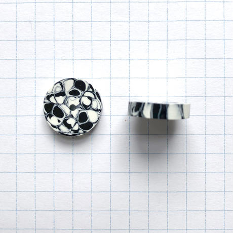 ヴィンテージロンデルビーズ(FEP828 Φ15mm  ホワイト×ブラック)