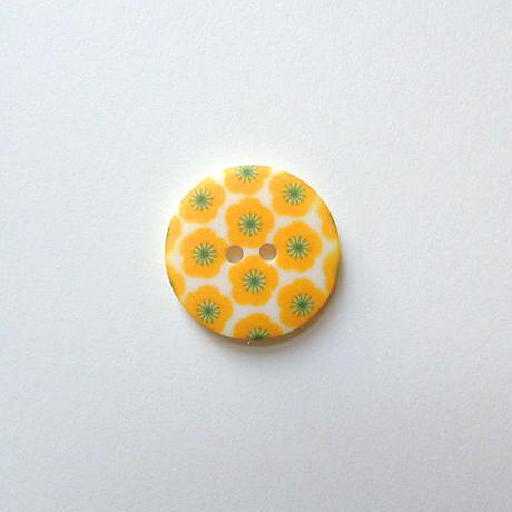 フラワープリントボタン(JB486115 22mm イエロー)