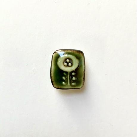 ののむらみなみ 陶器ボタン(しかくの花 緑)