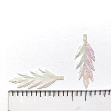 リーフスパンコール 44mm×11mm(FSCA236  オーロラホワイト)【3枚】
