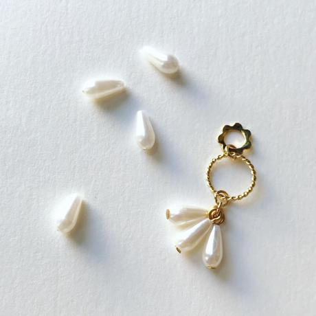パールドロップビーズ (FEP288 ホワイト)【4個セット】